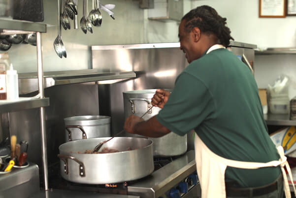 Community Kitchen Volunteer